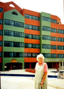 Bette Hutchison Silver, Residencias Emerald Suites,  Tucacas, Venezuela, under constuction, early 2000